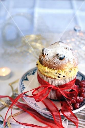 Mini panettone filled with mascarpone cream