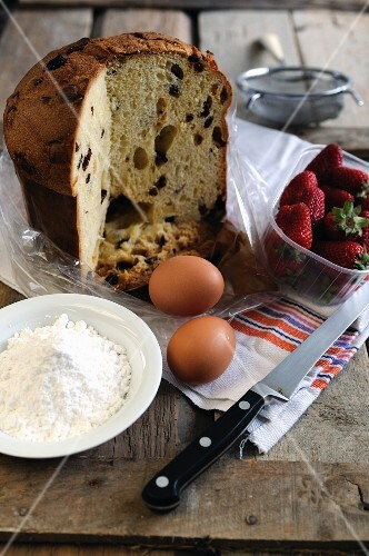 Ingredients for French toast made using panettone and strawberries