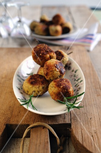 Chicken meatball kebabs with rosemary