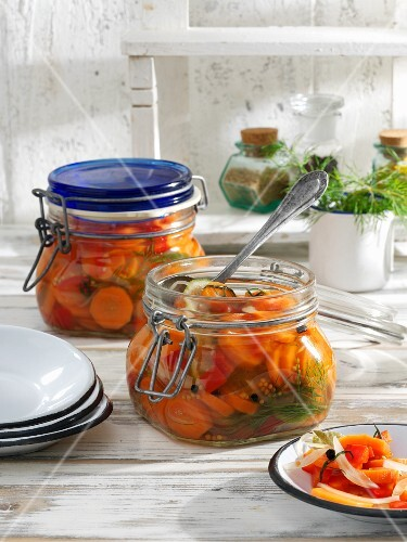 Sweet-and-sour preserved carrots