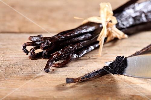 Vanilla pods and vanilla seeds