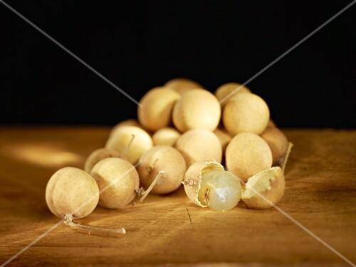 A pile of longans