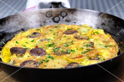 Frittata con la salsiccia (Italian sausage omelette)