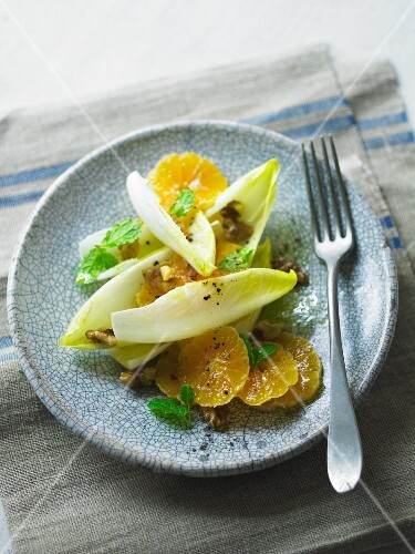 Chicory salad with oranges
