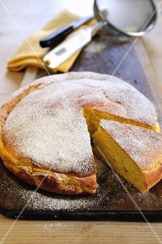 Lemon and mascarpone cake