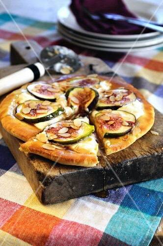 Mascarpone and fresh fig sweet pizza drizzled with honey