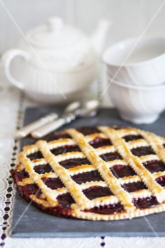 Crostata di visciole (cherry lattice tart)