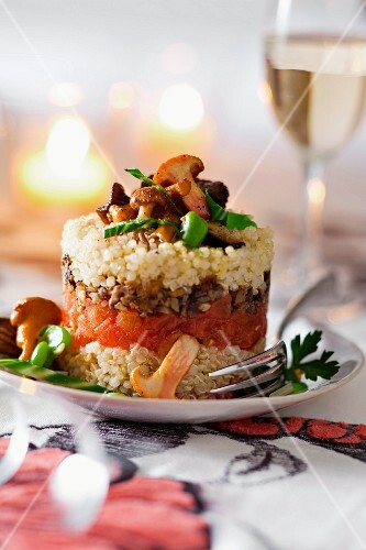 Corn timbale with mushrooms and vegetables