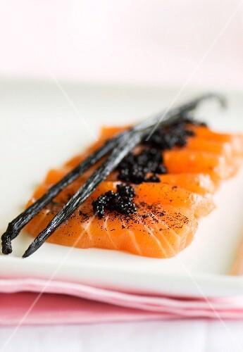 Salmon sashimi with vanilla and vodka dressing and caviar