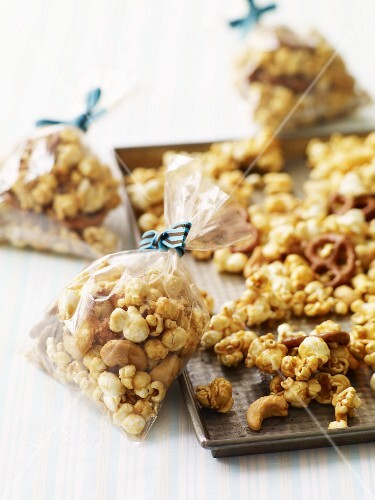 Popcorn mix (caramelised) as a gift