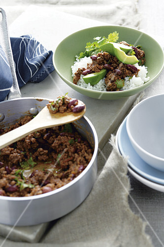 Chilli con carne with rice and avocado
