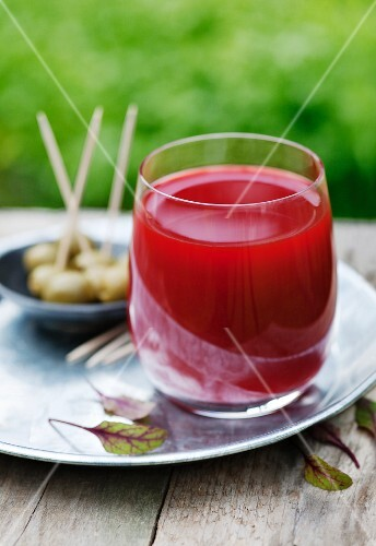 Beetroot, apple and cucumber juice