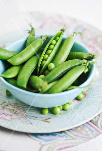 A bowl of young peas
