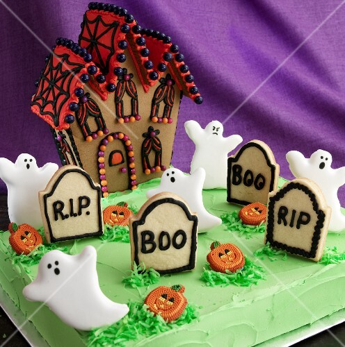 Halloween biscuits: A haunted house, ghosts, tombstones and pumpkins