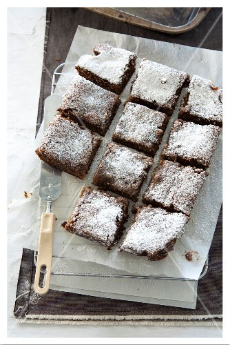 Almond and ginger slices