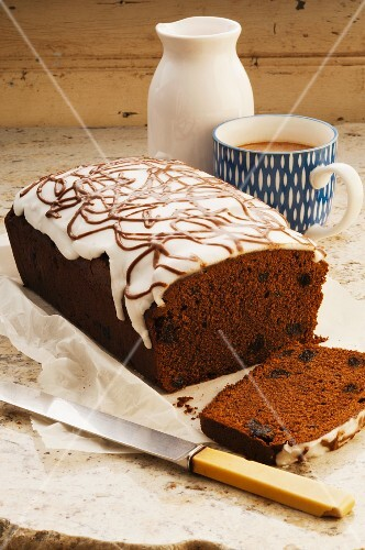 A French chocolate cake made with prunes and topped with icing sugar