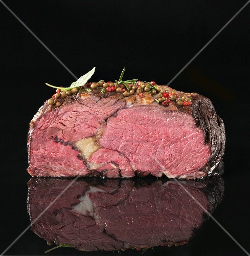 Entrecote steak, partly sliced