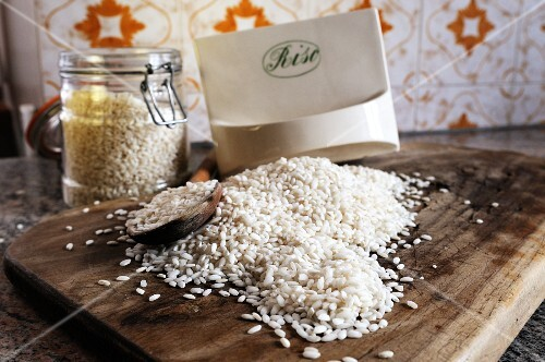Uncooked risotto rice