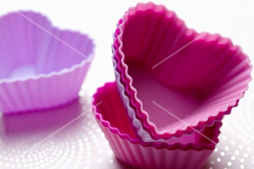 Heart-shaped silicone muffin cases
