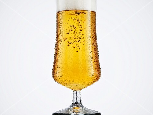 A glass of sparkling beer
