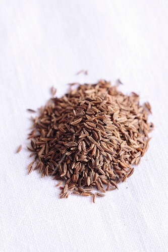 Whole caraway seeds