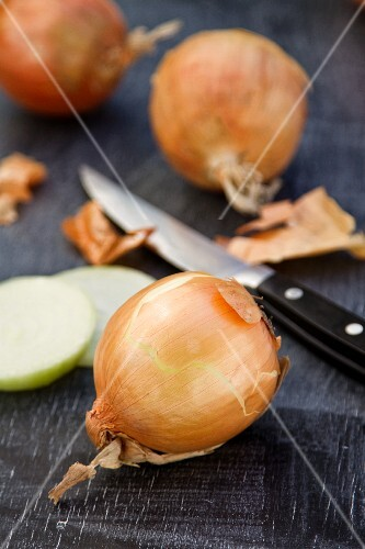 Onions and a knife