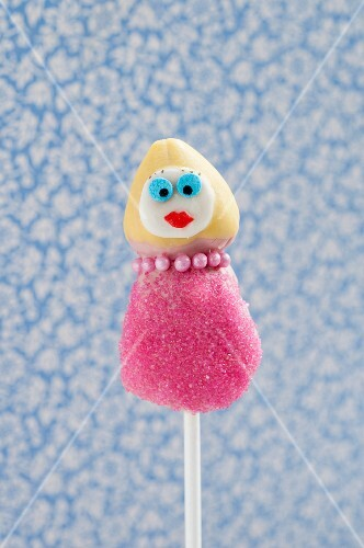 Cake Pop decorated like a woman