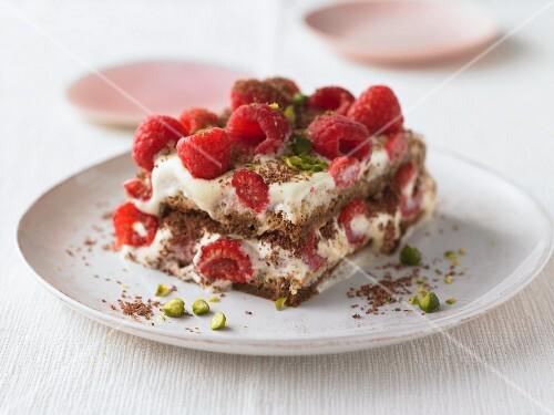 Raspberry tiramisu with chocolate and pistachios