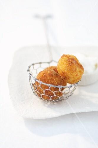 Fried dumplings (Romania)