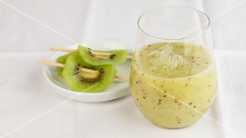 A kiwi smoothie