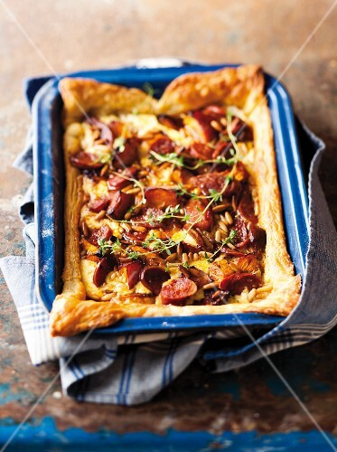 Puff pastry quiche with squash and chorizo