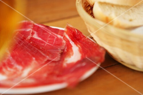 Pata negra ham and bread