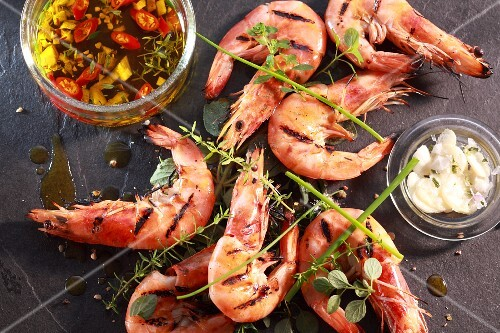 Grilled prawns with chilli oil and garlic