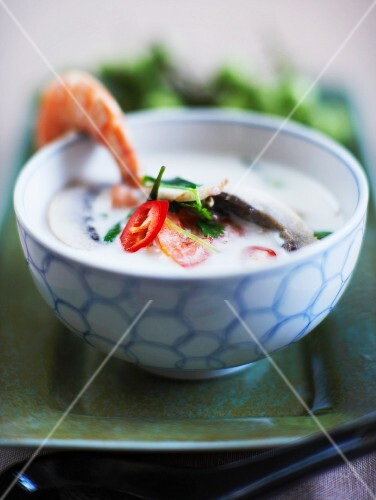 Coconut soup with prawns and chilli peppers (Thailand)