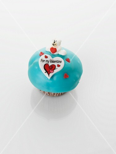 A turquoise cupcake for Valentine's Day