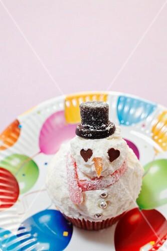 A snowman cupcake
