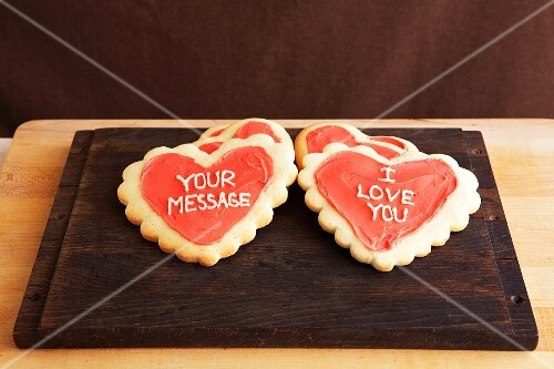 Frosted Heart Message Cookies