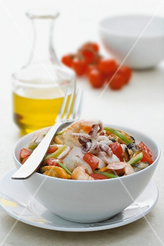 Seafood with tomatoes