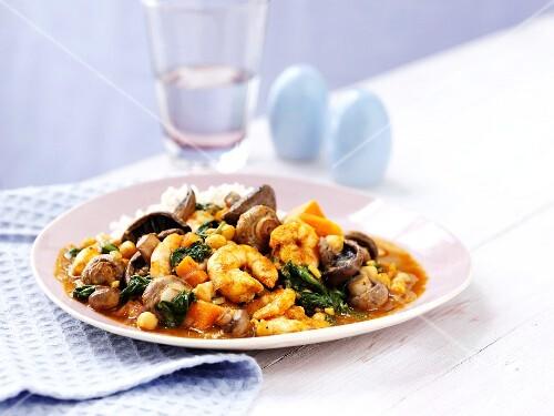 Prawn curry with mushrooms