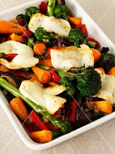 Oven-roasted vegetables with mozzarella