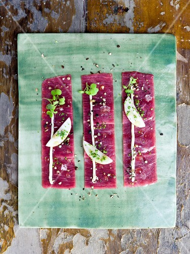 Beef carpaccio with pepper