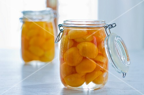 Apricots preserved in syrup