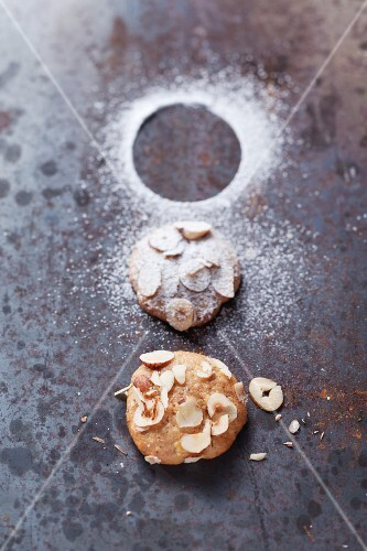Nut biscuits