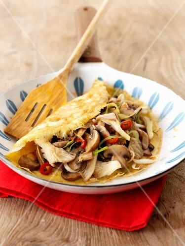 Mushrooms and pork omelette (Thailand)