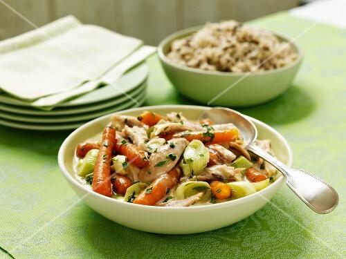 Vegetable stew with turkey