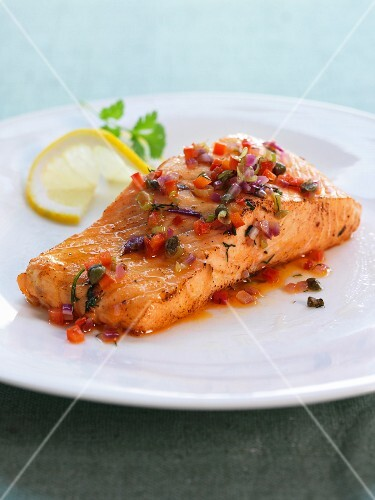 Salmon fillet with salsa