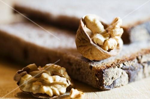 Walnut bread and walnuts