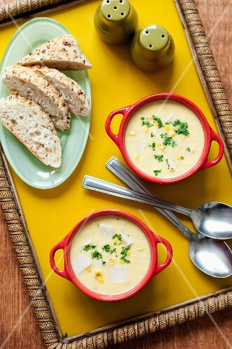 Chicken and corn chowder with bread