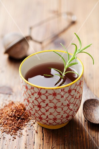 Rooibos tea with rosemary