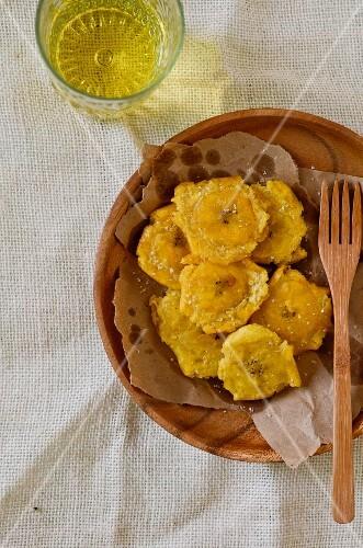 Fried banana slices